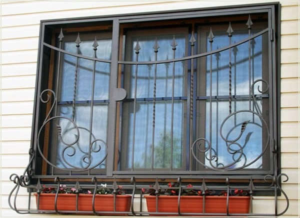 решетки металлические на окна и двери цена